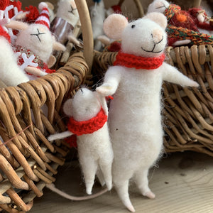 DAD & CHILD MICE WITH SCARVES