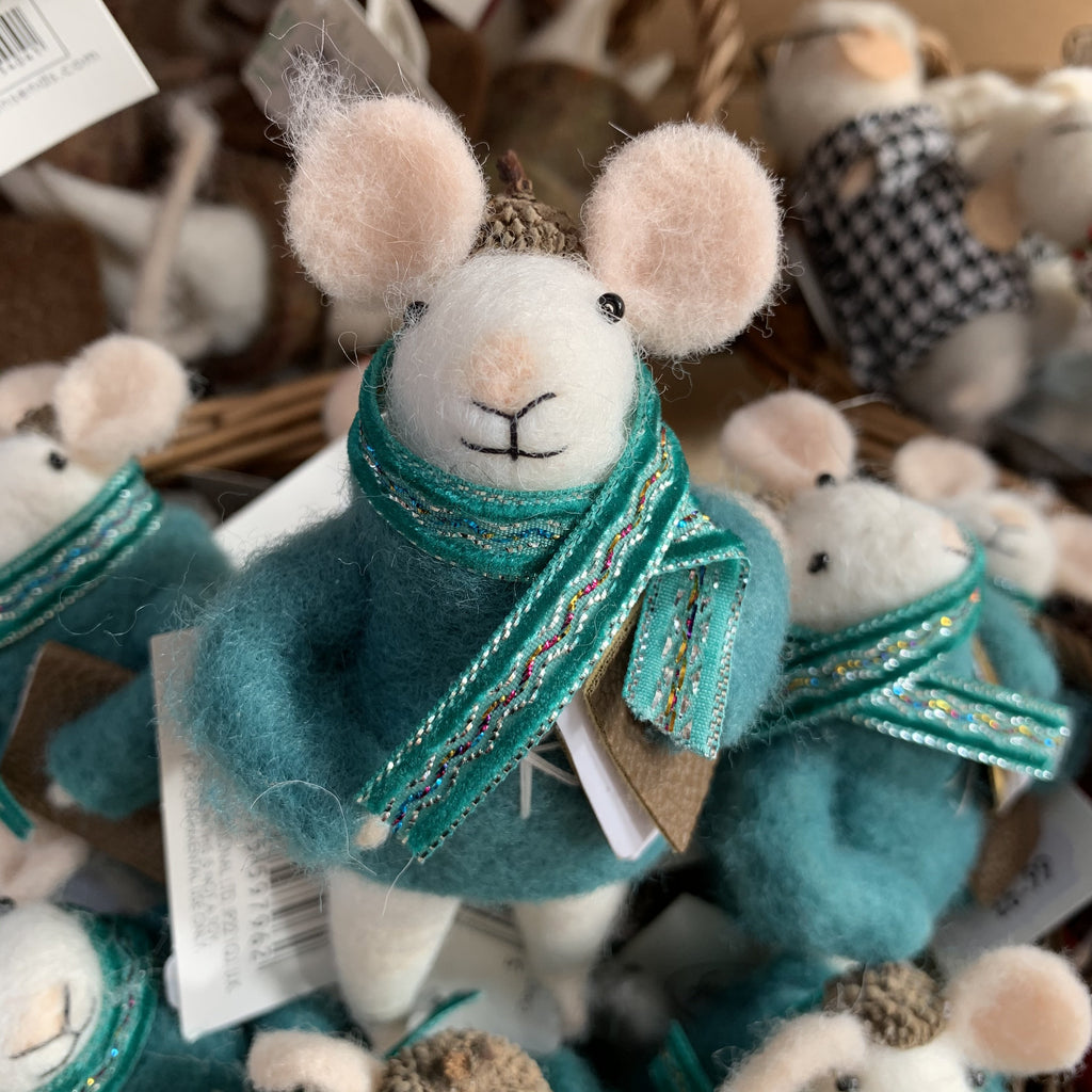 TEAL FLUFFY MOUSE JUMPER/BOOK