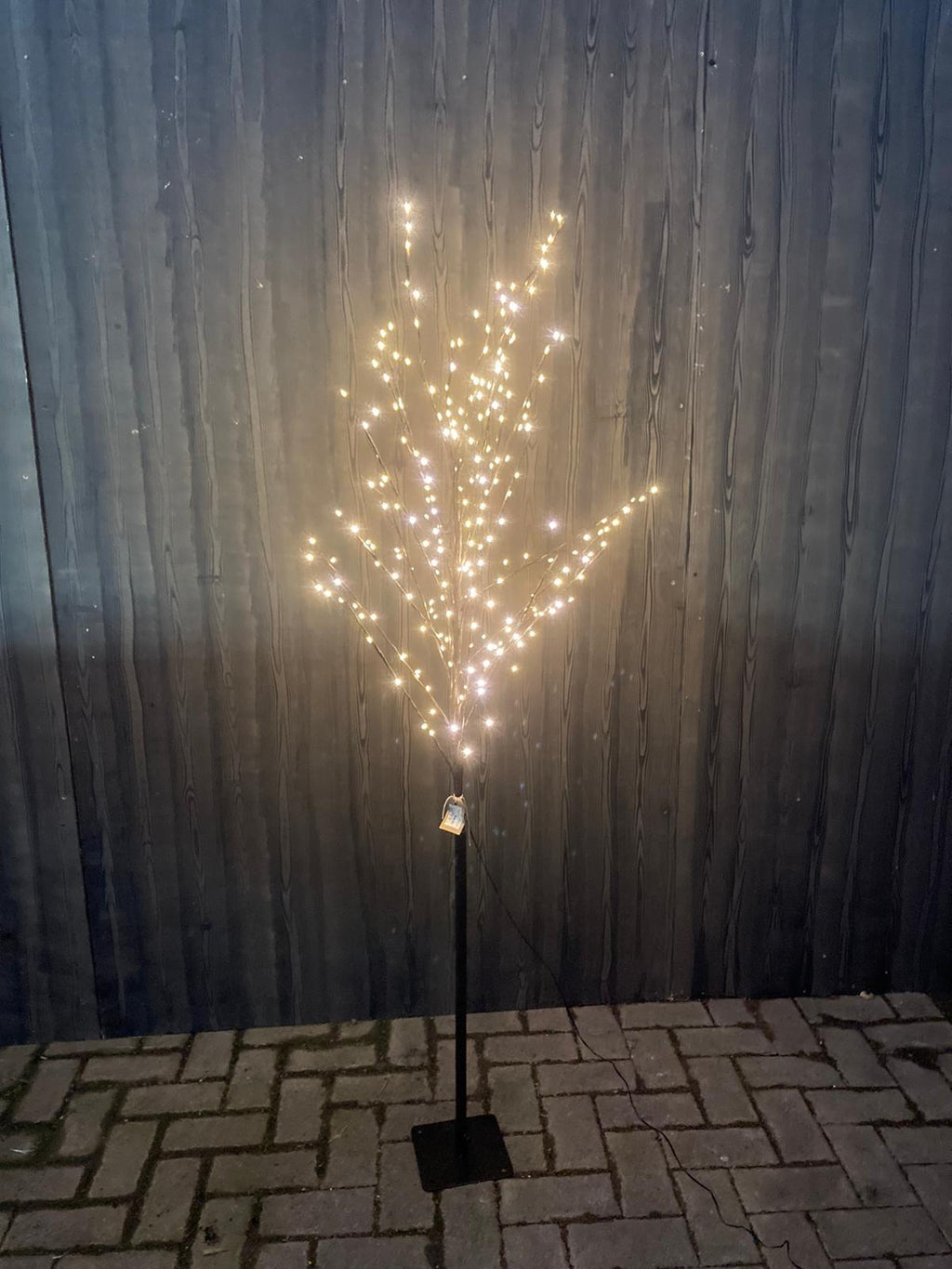 BROWN TWIG LED TREE