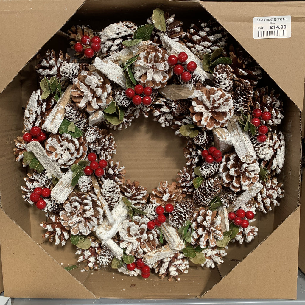 SILVER FROSTED WREATH 38CM