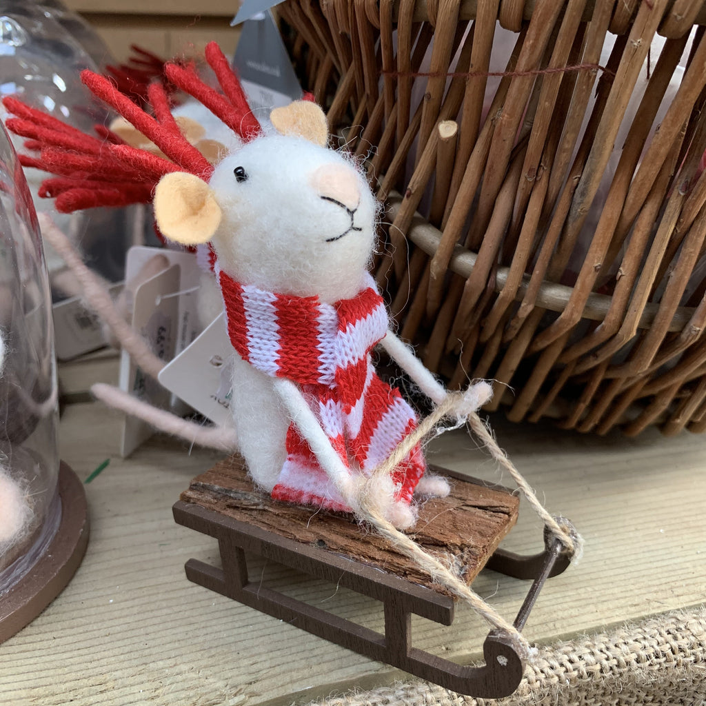 FELT MOUSE ON SLEIGH