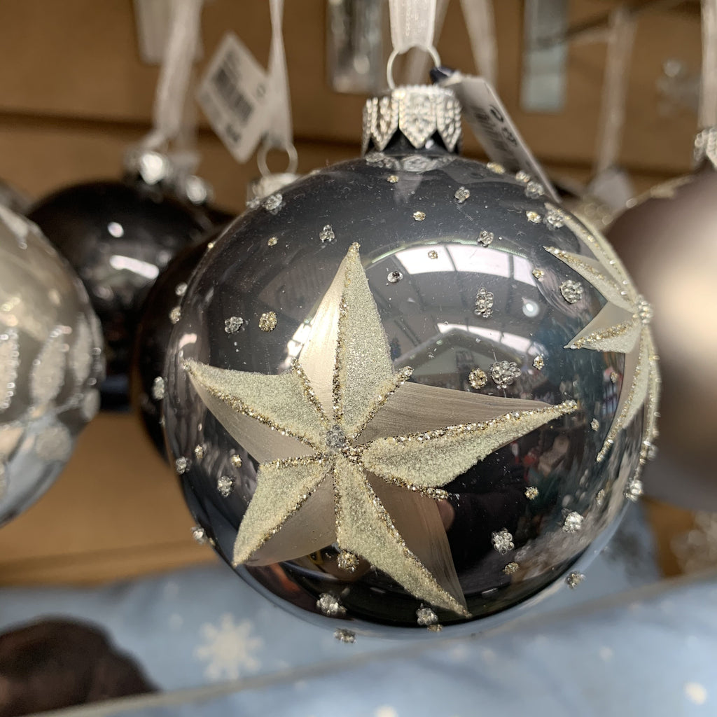 GLASS BAUBLE GREY STAR