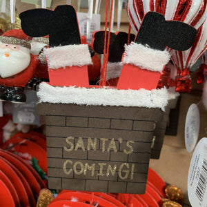 SANTAS COMING CHIMNEY LEGS PULLEY DEC