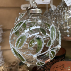 GLASS BAUBLE WITH LEAF & PEARL DESIGN