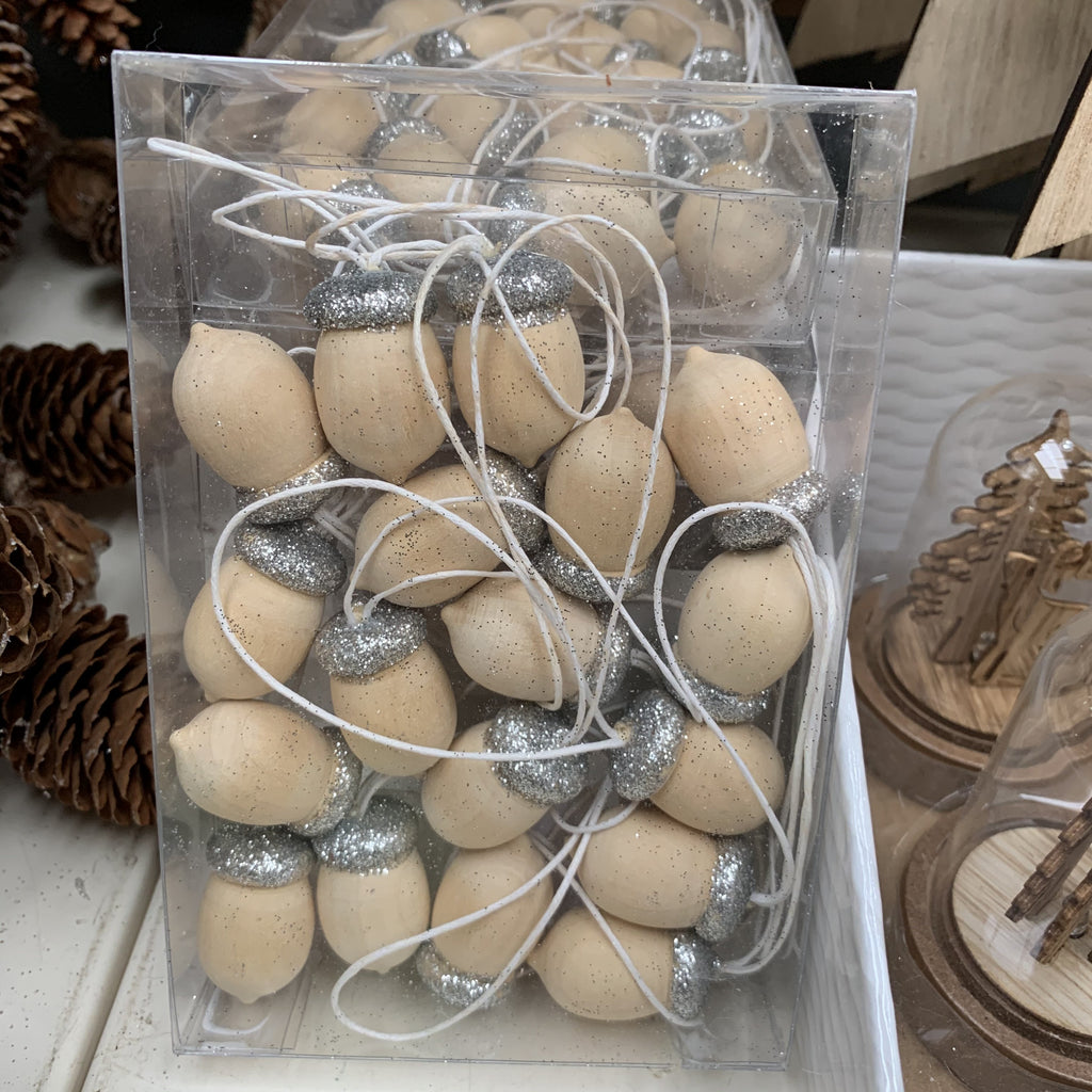 WOODEN SILVER ACORN BOX OF 18