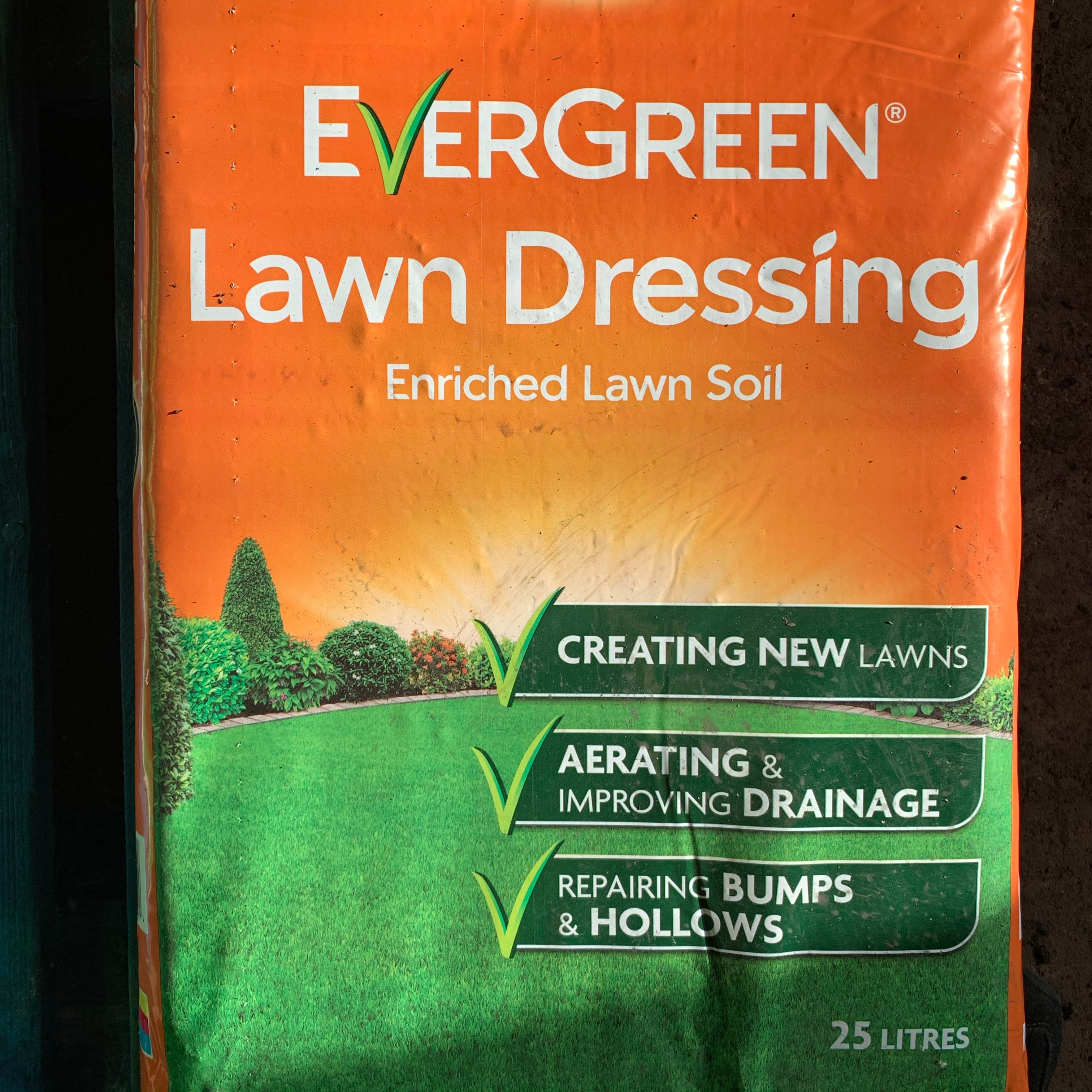 Evergreen Lawn Dressing 25Litre