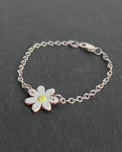 Load image into Gallery viewer, Daisy bracelet by Lora Wyn