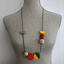 Load image into Gallery viewer, Asymmetric painted beads necklace