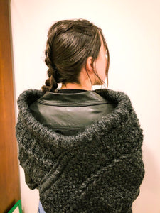 Katniss cowl (charcoal)