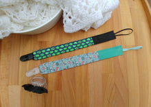 Load image into Gallery viewer, Pacifier clip set (2) - Baby Foodie