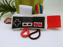 Load image into Gallery viewer, Baby sensory tag toy - NES
