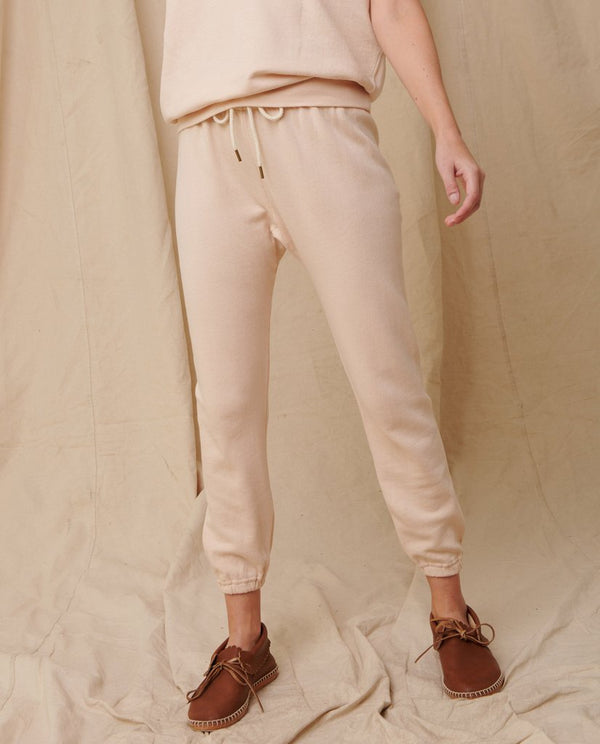 The stadium sweatpant in whisper pink