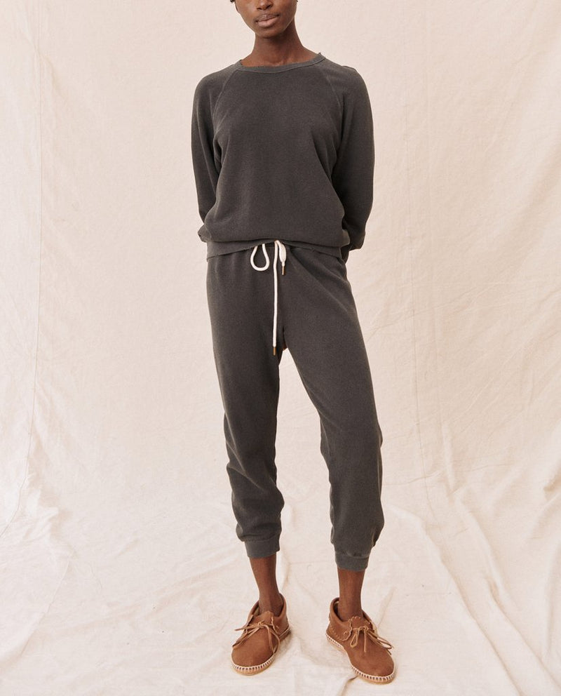 The Cropped Sweatpant Washed Black