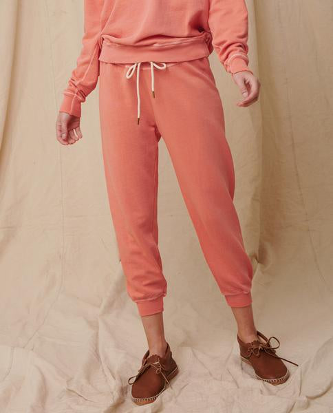 The cropped sweatpant in orange cream