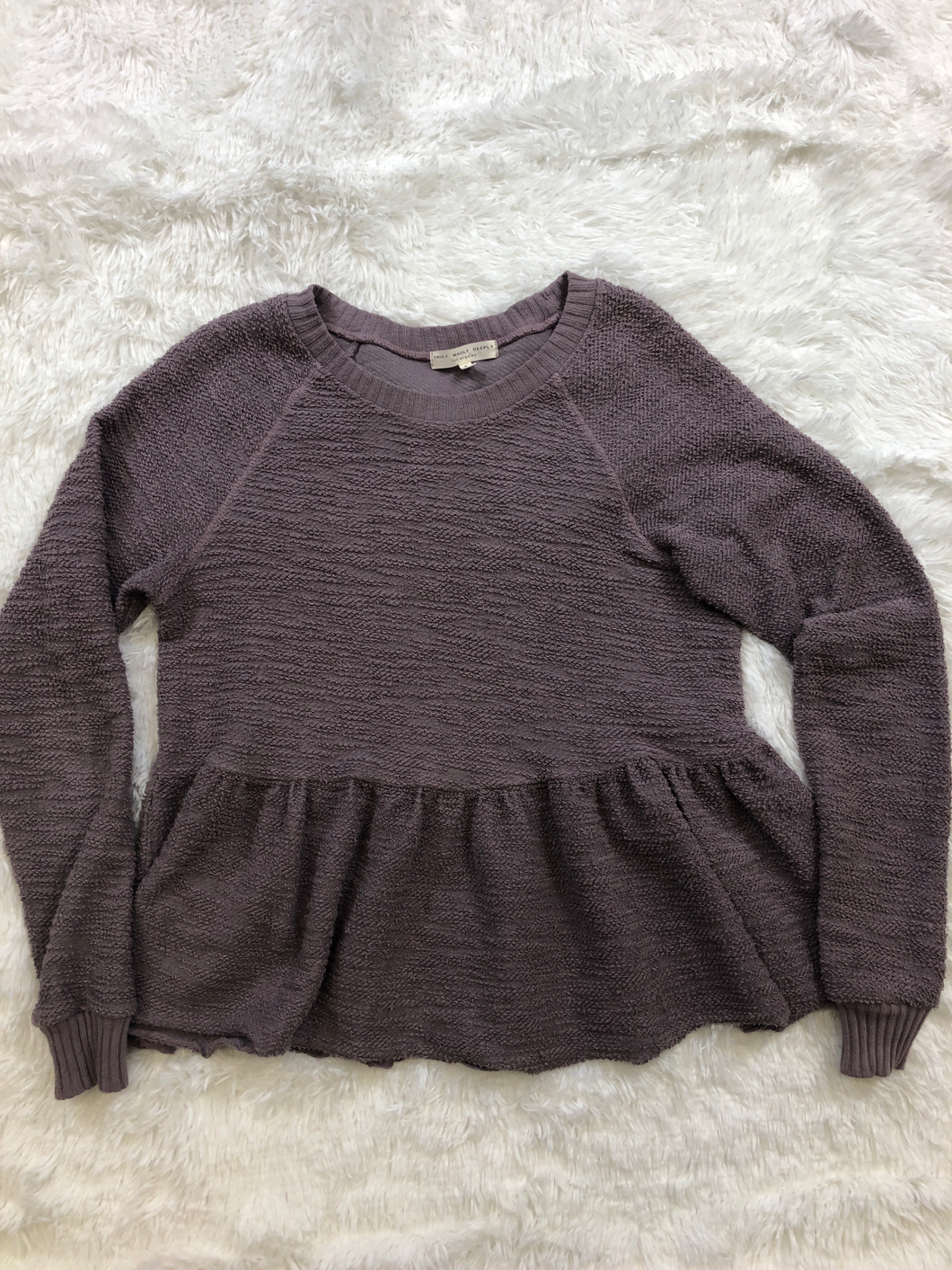Truly Madly Deeply Sweater Size Small