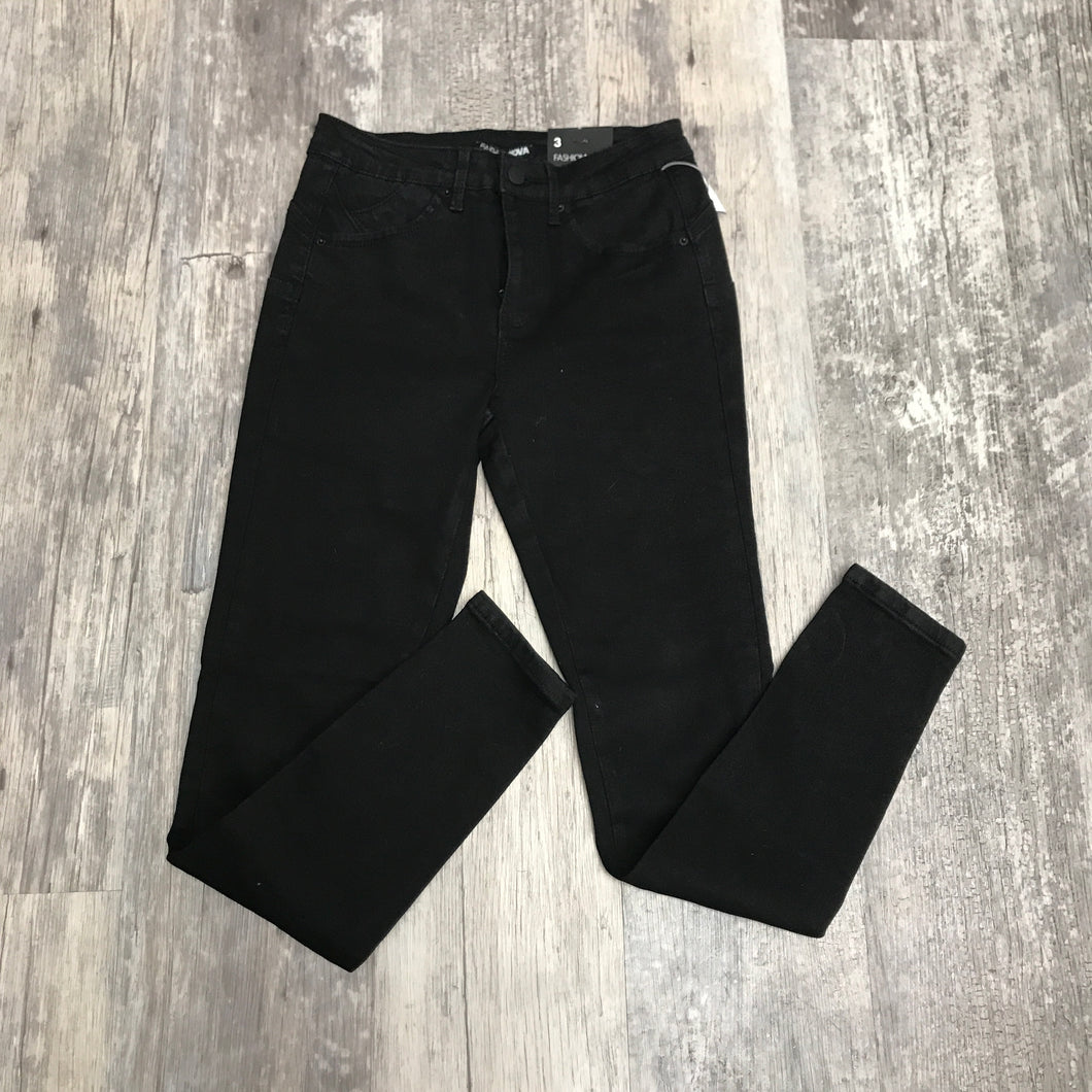 Fashion Nova Pants // Size 3/4