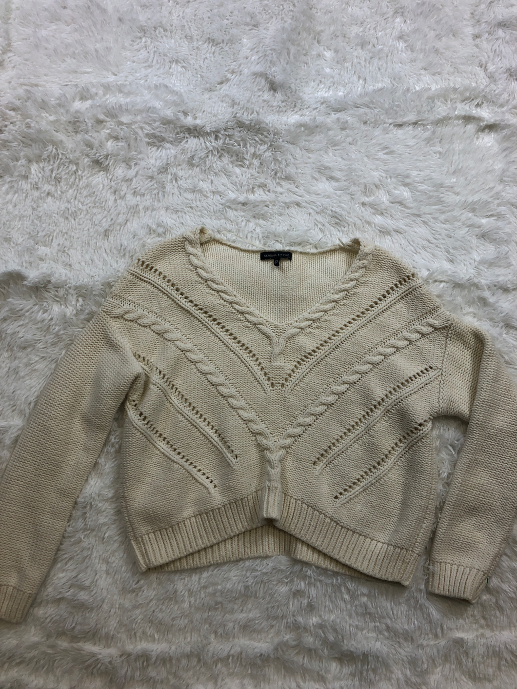 Kendall & Kylie Sweater Size Medium