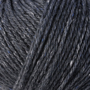 Dizzy Sheep - Berroco Tuscan Tweed _ 9070 Black Orchid lot 8247