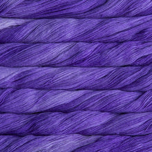 Load image into Gallery viewer, Dizzy Sheep - Malabrigo Lace _ 193, Jacinto, Lot: -----