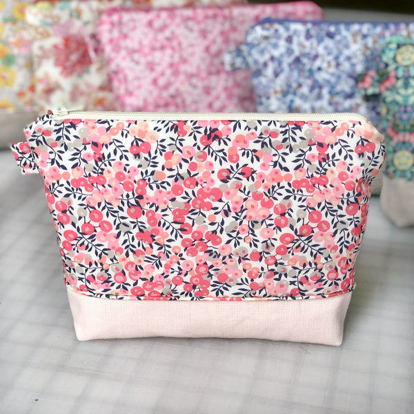 Zipper Bag: Wiltshire Pink