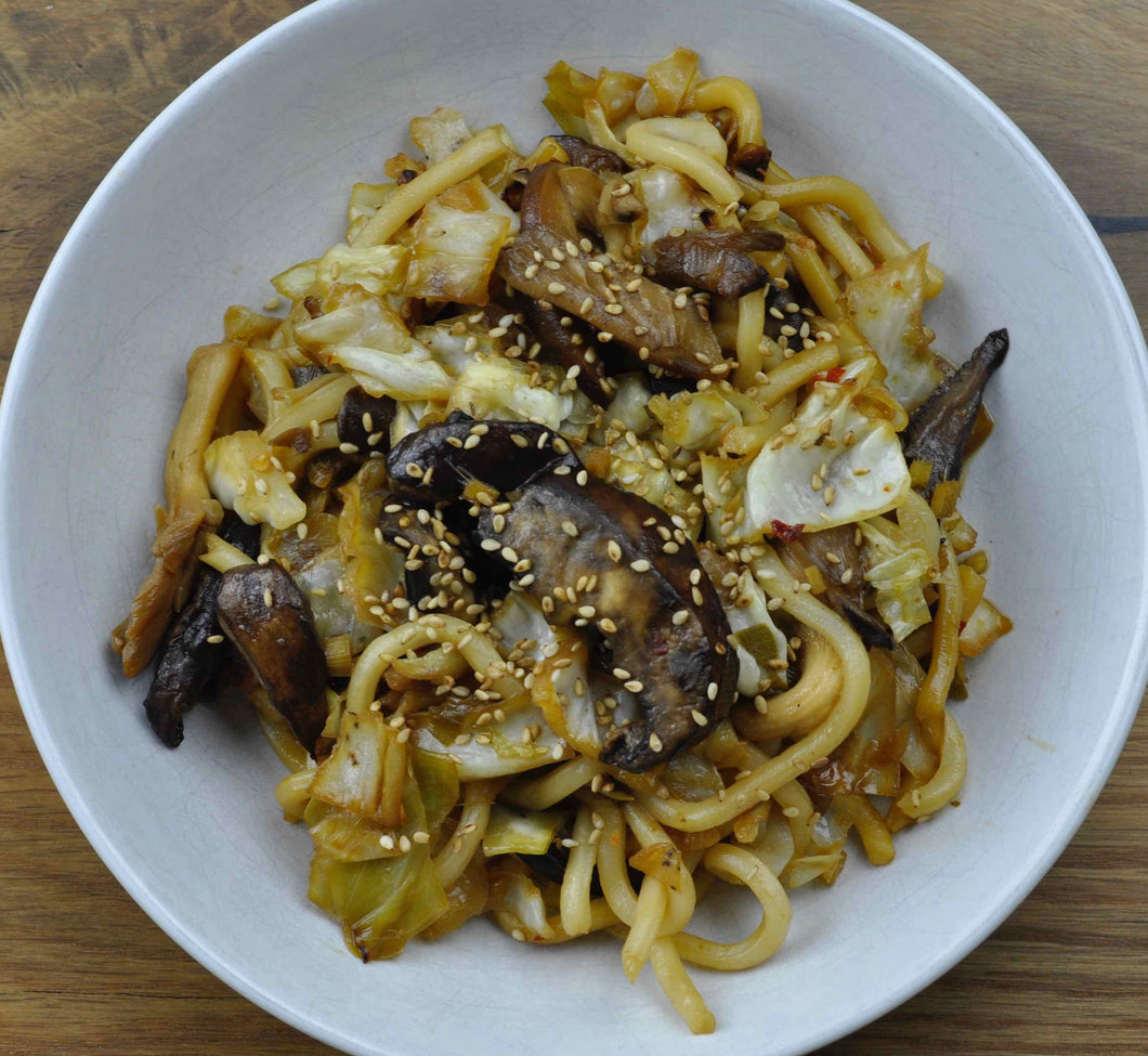 Asian Stir-Fried Noodles with Mushrooms