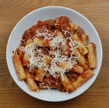 Load image into Gallery viewer, Rigatoni w/ Meat Sauce