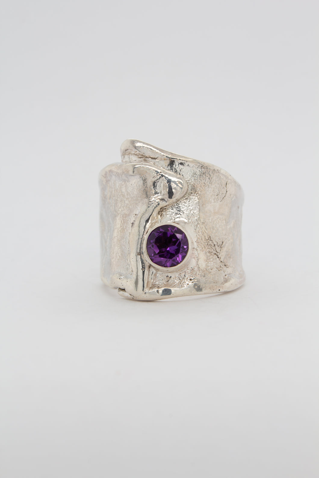 Reticulated Amethyst Ring