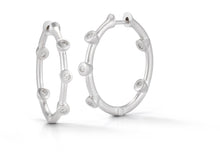 Load image into Gallery viewer, Cono Medium Hoop Earrings