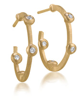 Load image into Gallery viewer, Cono Small Hoop Earrings