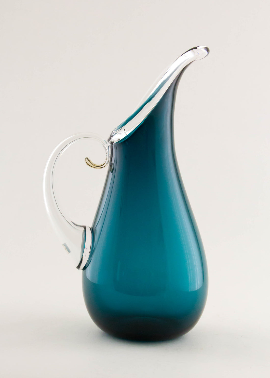 Lagoon Curly Pitcher