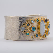 Load image into Gallery viewer, Moonstone Cuff