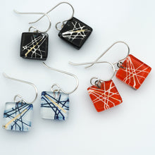 Load image into Gallery viewer, Criss-Cross Square Earrings