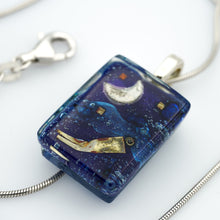 Load image into Gallery viewer, Afloat Pendant Necklace