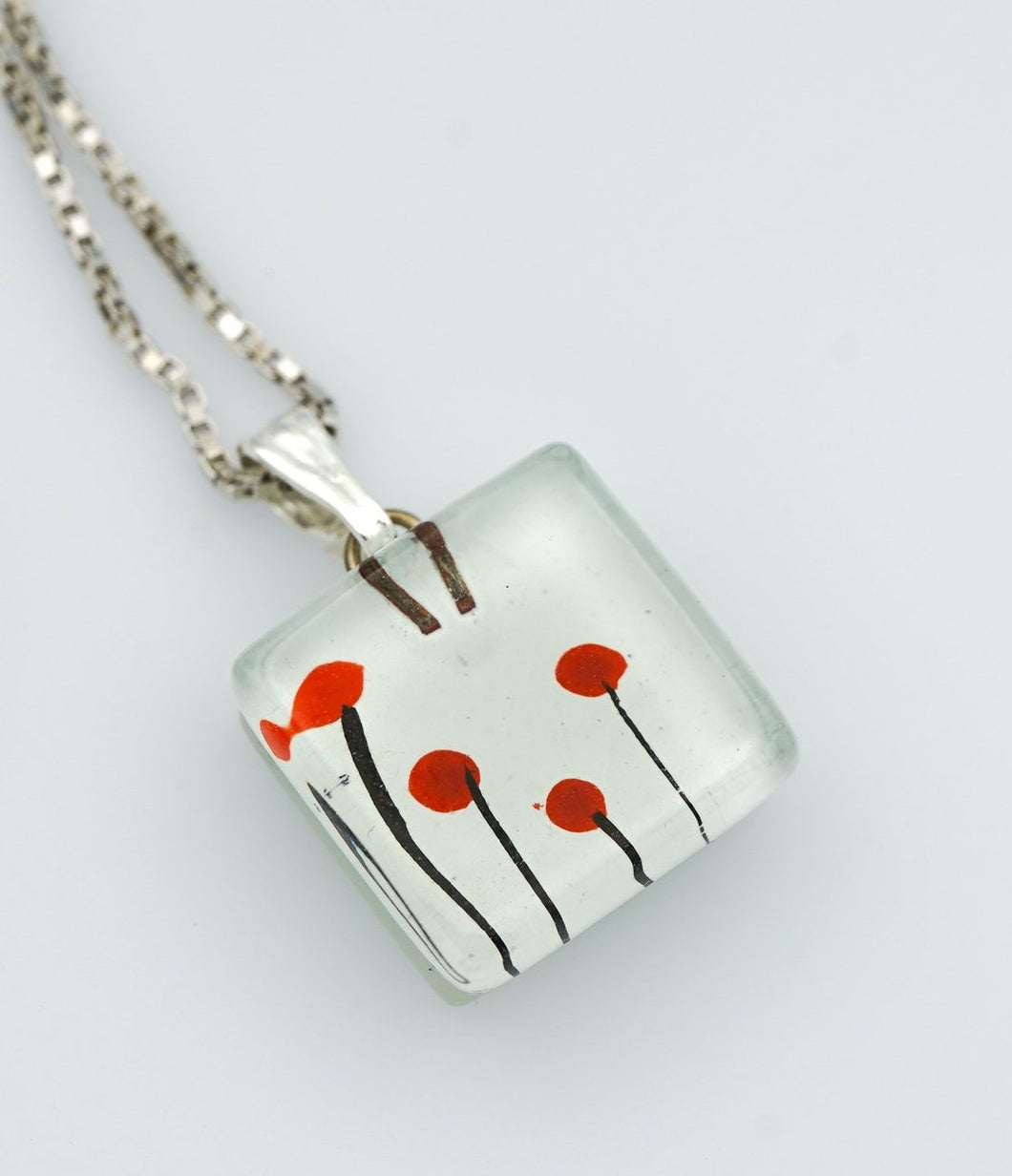 MOMO Poppies Charm Necklace