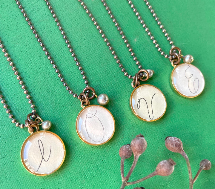 initial necklace, vintage cursive handwriting - Clover Market
