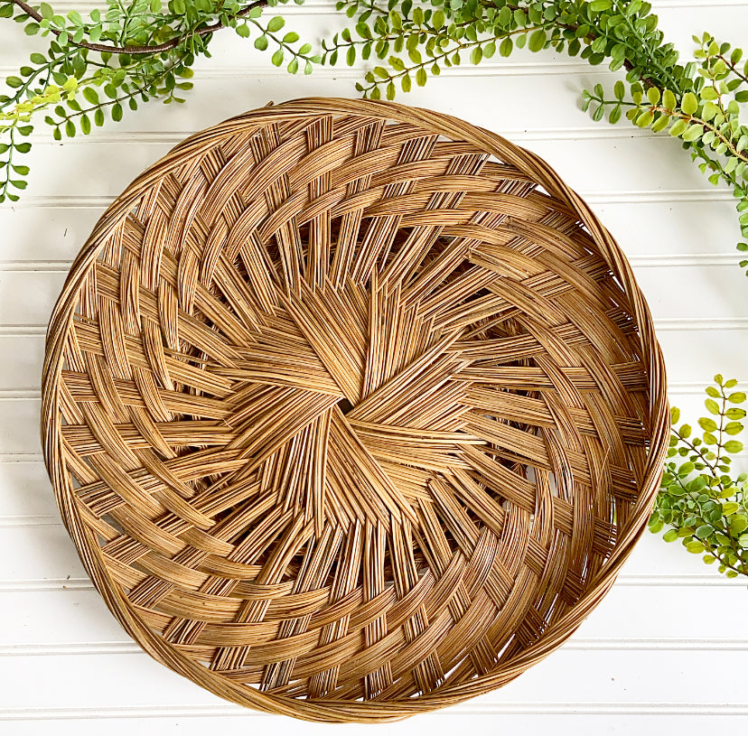 Vintage LARGE Woven Round Wall Basket - Clover Market