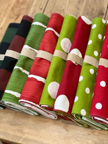 Placemats (Set of 4) - Holiday Choices in Red or Green