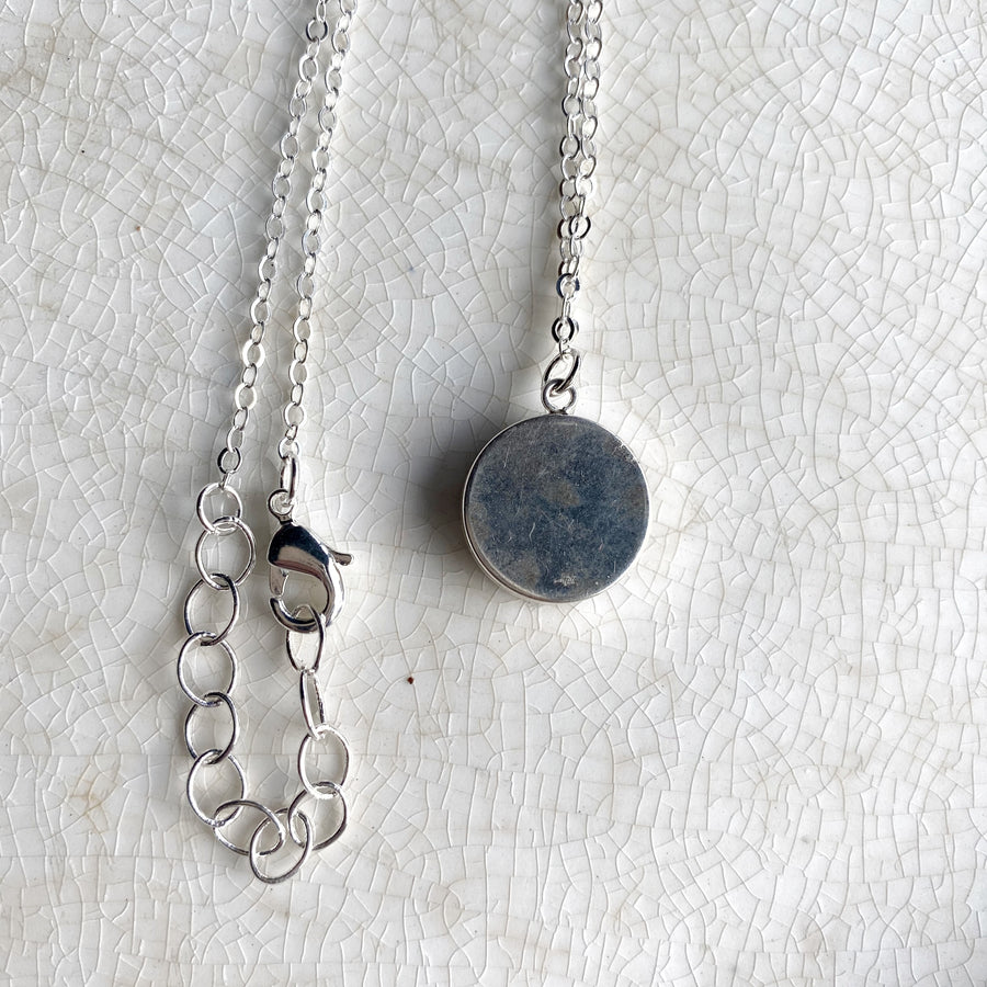 Simple Modern Tiny Blue Nortic Broken China Necklace