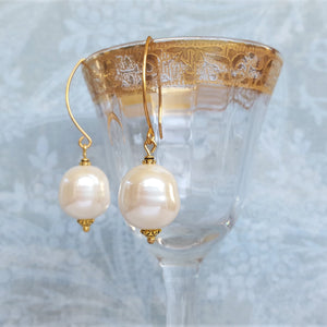 The Modern, Baroque Pearl Earring