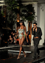 Load image into Gallery viewer, SAMPLE SALE REVERSIBLE MONOKINI CUT-OUT