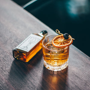 Komyuniti Barrel Aged Old Fashioned