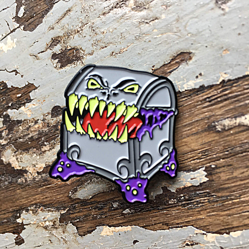 RPG pin - Mimic