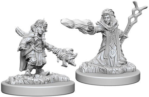 Unpainted Mini - Gnome Female Wizard