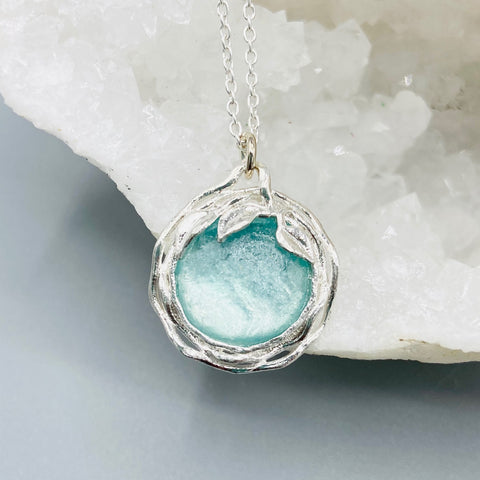 Roman Glass Leaf Circle Necklace