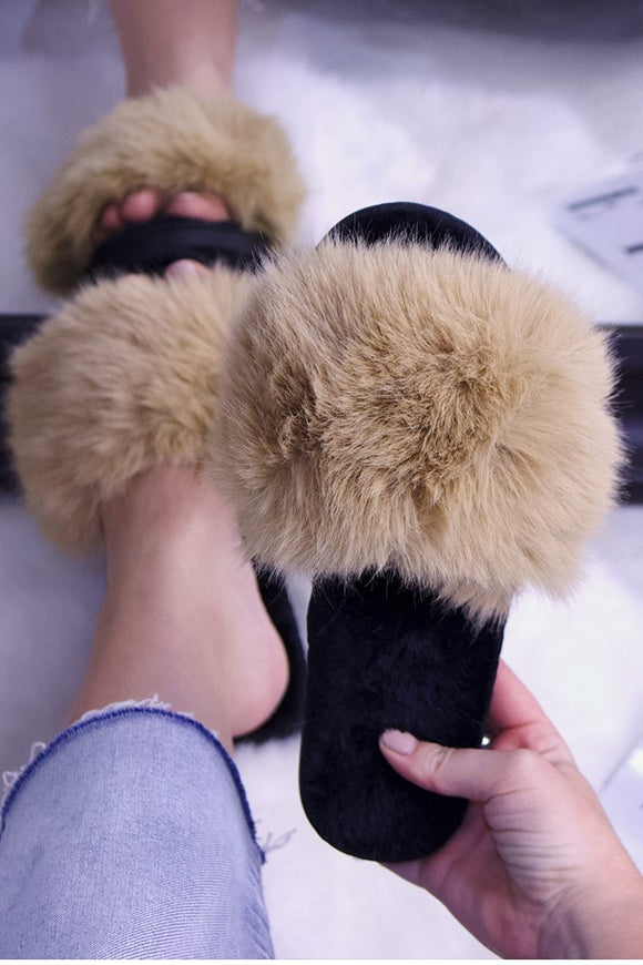 Faux Fur Slide Slippers Beige