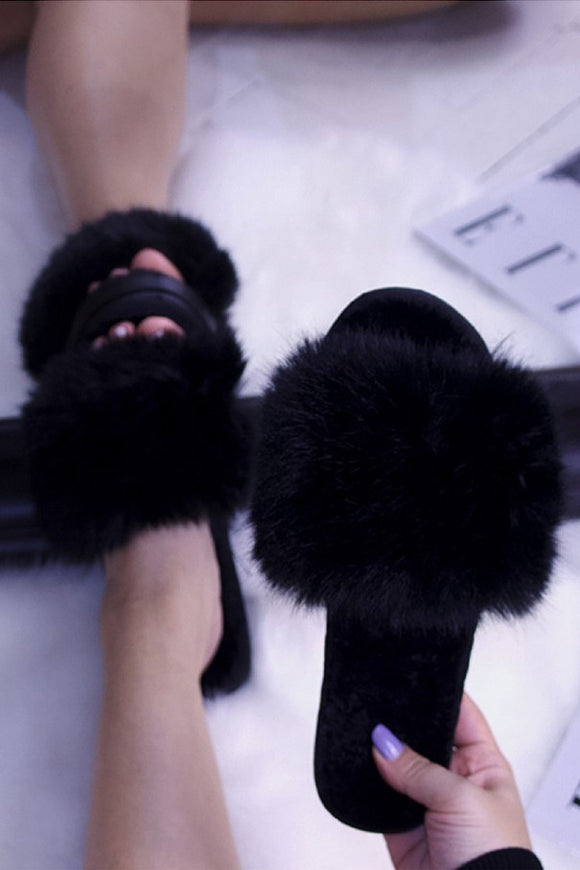 Faux Fur Slide Slippers Black