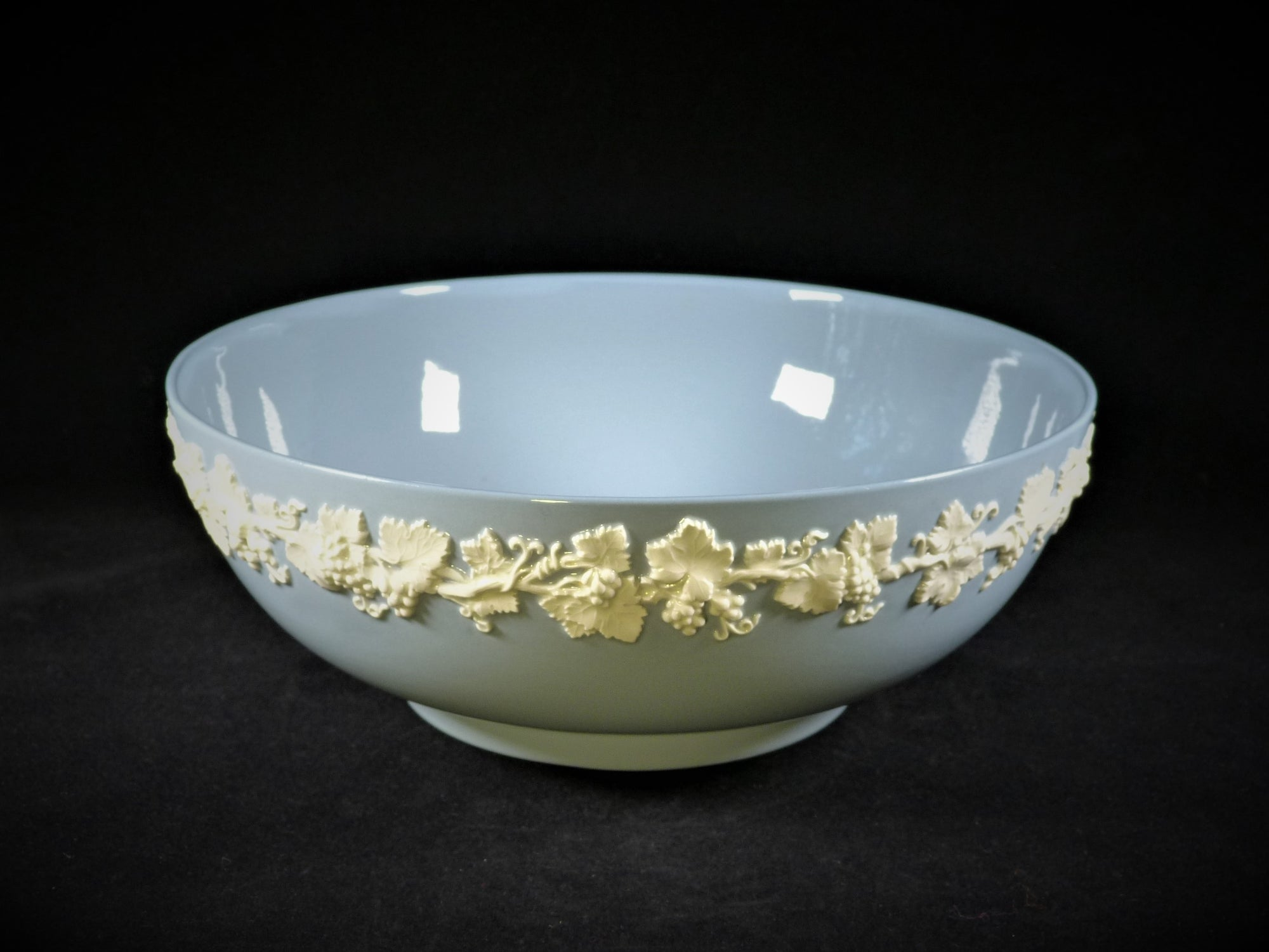 Wedgwood Queen's Ware Bowl, Blue and White Bowl
