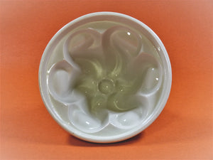 Vintage Shelley Jelly Mould, Wave Pattern, 1913 - 1926
