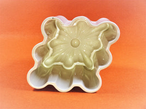 Shelley Jelly Mould, French Pattern, 1916 - 1925