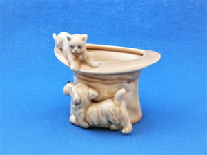 SylvaC Cat and Dog with a Hat, No 1484, Sylvac Ornament